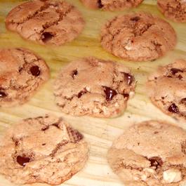 Chocolate Chip Cookies (Gluten-Free)